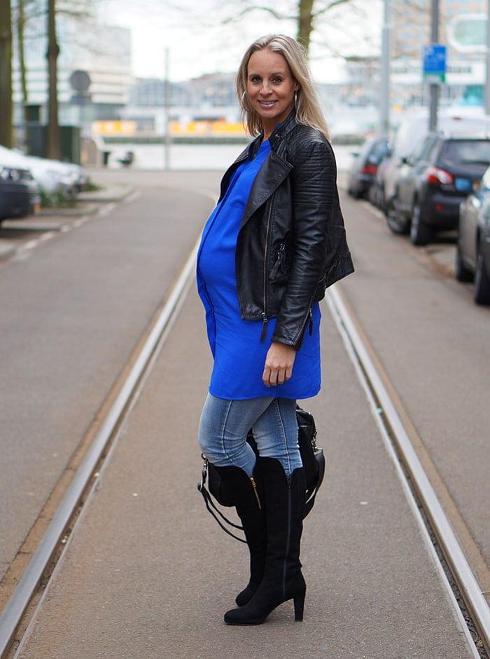 Dazzling-blue-dress-4