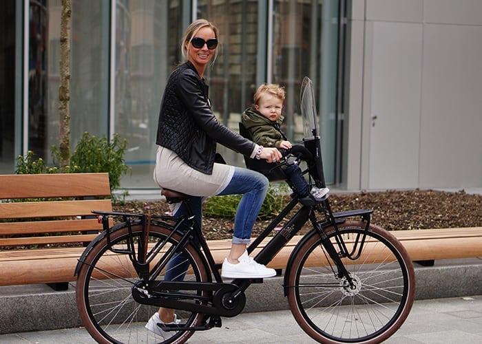 De-nieuwe-hobby-van-Milan-en-mom-6
