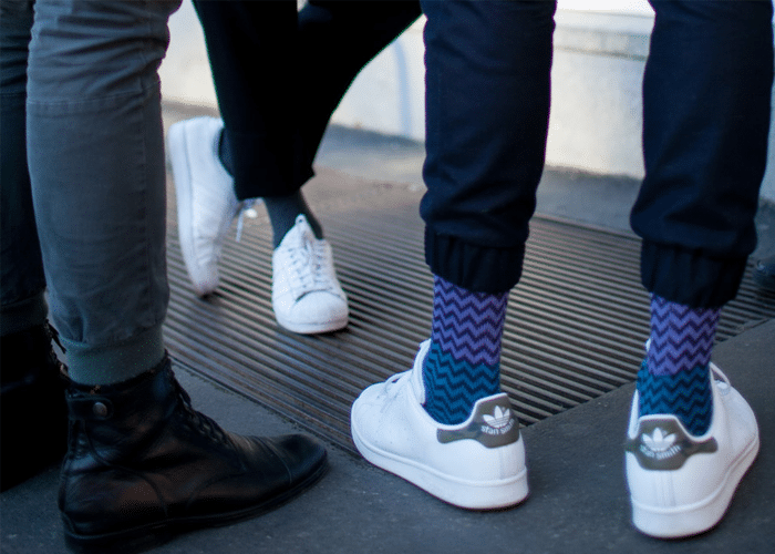 sokken en sneakers
